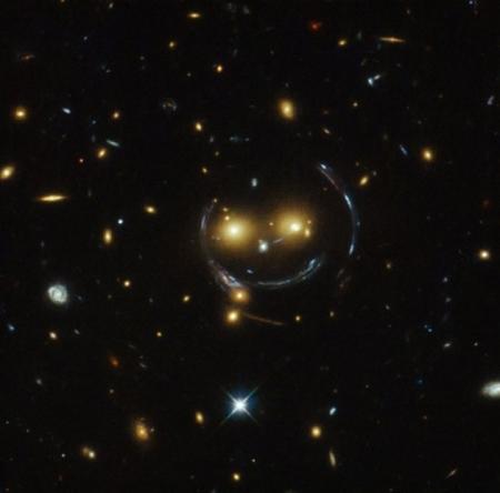 ammasso galattico smile hubble