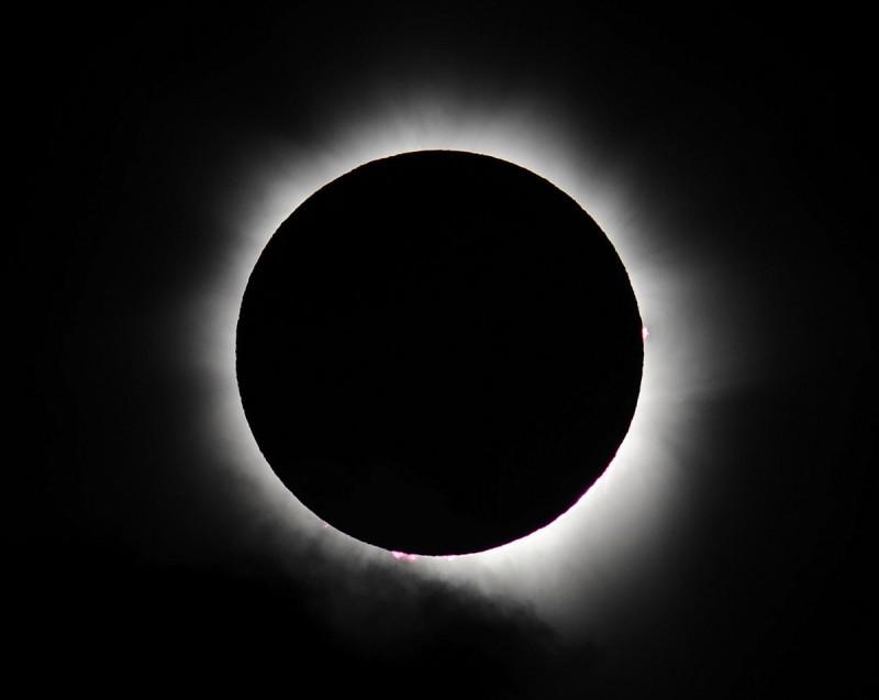 Eclissi totale di Sole 2013