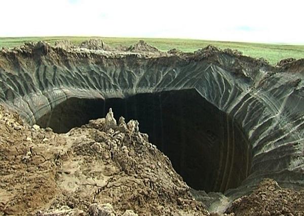 buco nero cratere yamal siberia