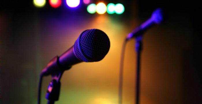 canto microfono