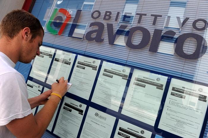 LAVORO DISOCCUPAZIONE GIOVANI SETTEMBRE 29,3%,TOP 2004 ++