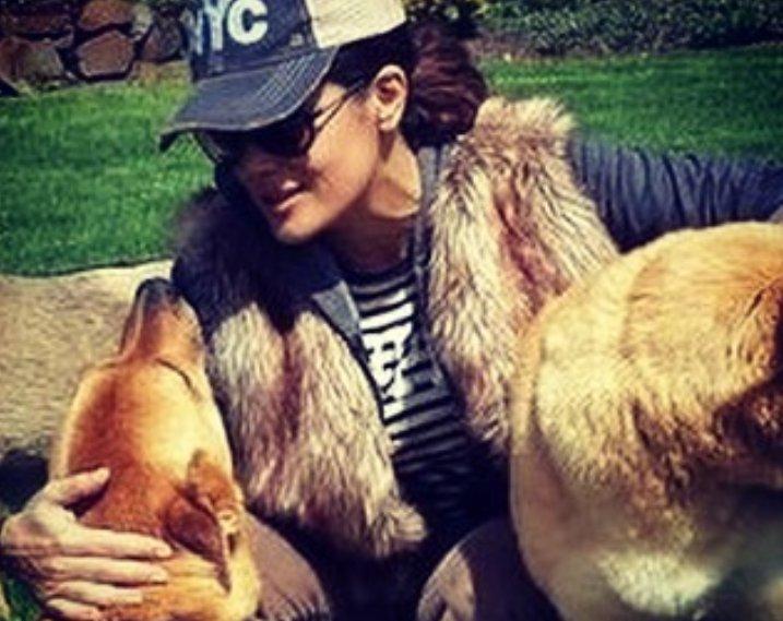 Salma Hayek e il suo cane
