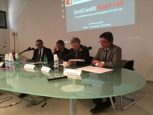 UniCredit Start Lab