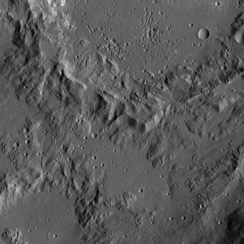 cerere crater 2