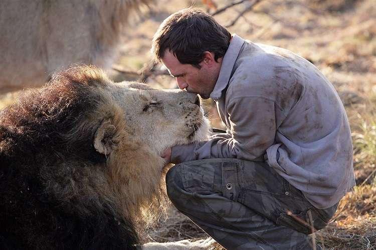 kevin richardson leoni
