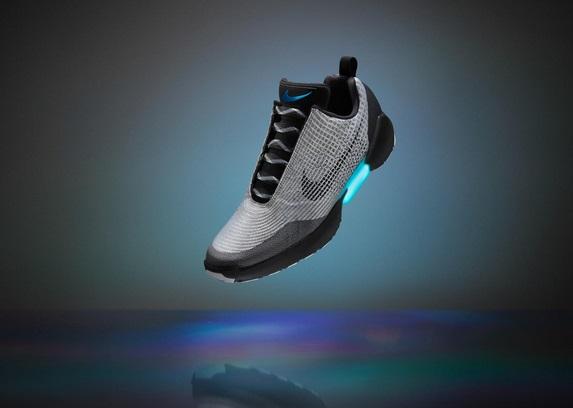 scarpe nike bianche quanto costano