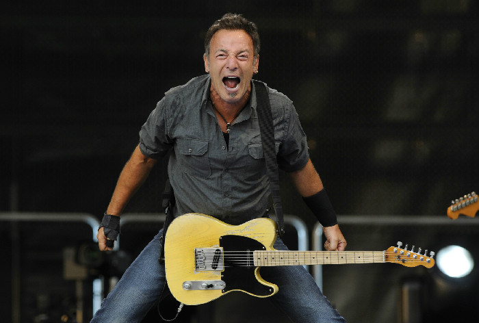 1 Bruce-Springsteen-a-Roma-il-14-maggio-per-il-boss-è-la-prima-europea-del-World-Tour-2016edited