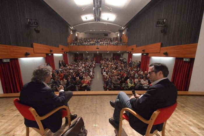Dialogo il dolore dei narcisi radici e ali educa 2016 7 incontro nazionale sull educazione libertà e regole_16_2016_doloredeinarcisidialogo