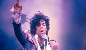 """Prince sapeva che stava per morire. La sorella Tyka Nelson: """"Aveva bisogno di andare"""""""