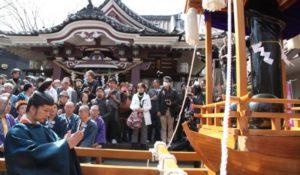 """Kanamara Matsuri: in Giappone si celebra la """"Festa del pene di ferro"""""""