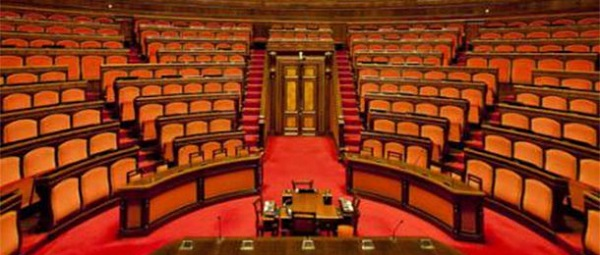 senato vuoto