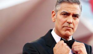 George Clooney è l'uomo più bello del mondo. Lo dice la scienza