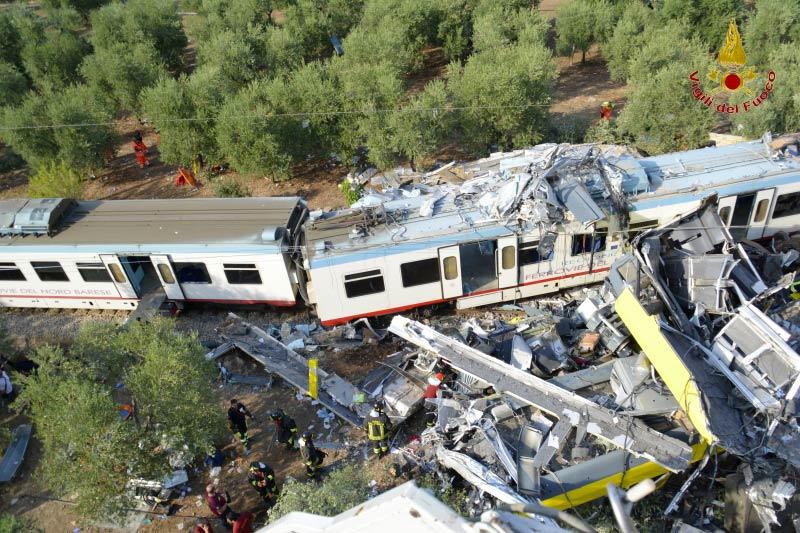 Puglia scontro tra treni (3)