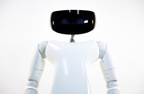 R1 il primo robot casalingo (1)
