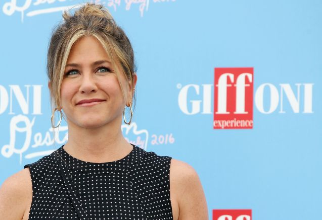 jennifer aniston al giffoni