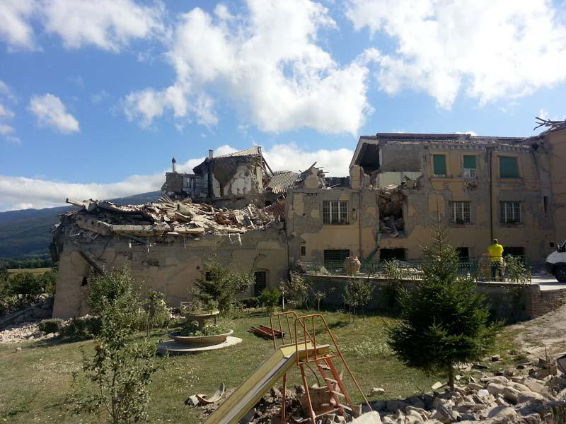 Terremoto magnitudo 6.0 in Centro Italia (7)