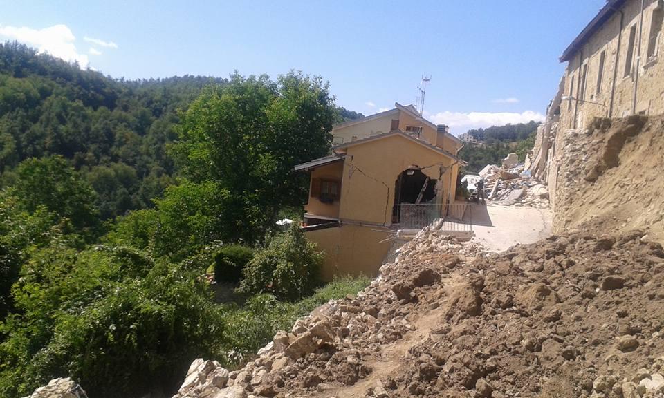 terremoto_amatrice_b_24082016