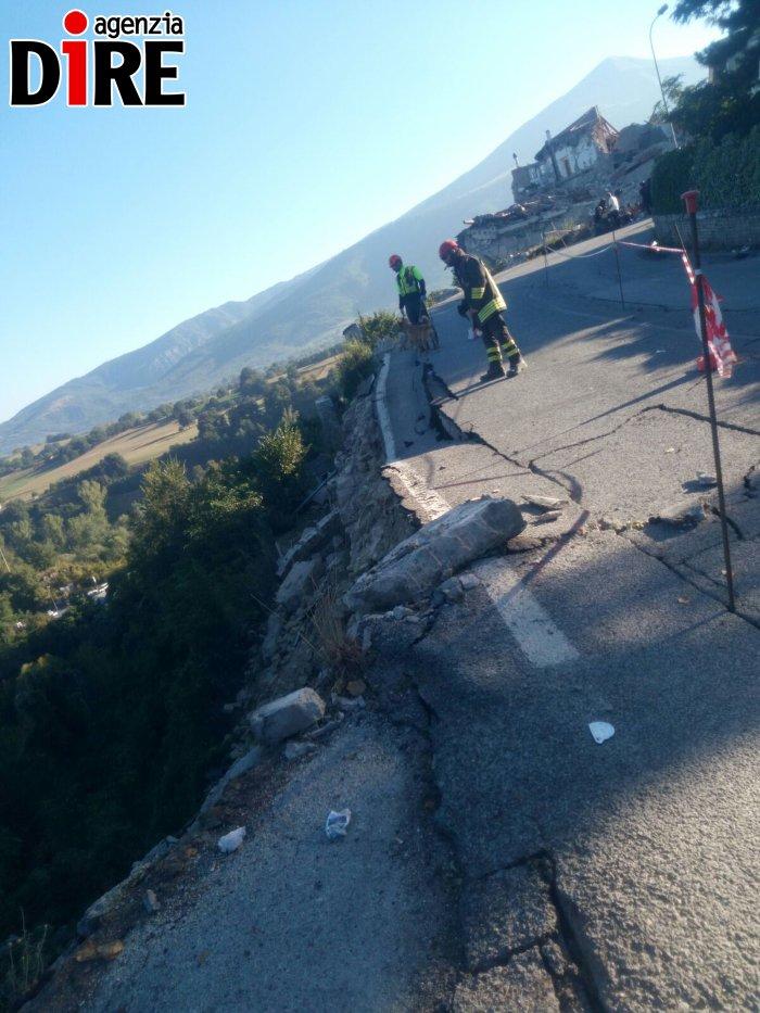 terremoto_amatrice_strada