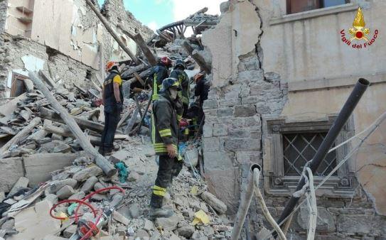 vigili_del_fuoco_terremoto_centro_italia