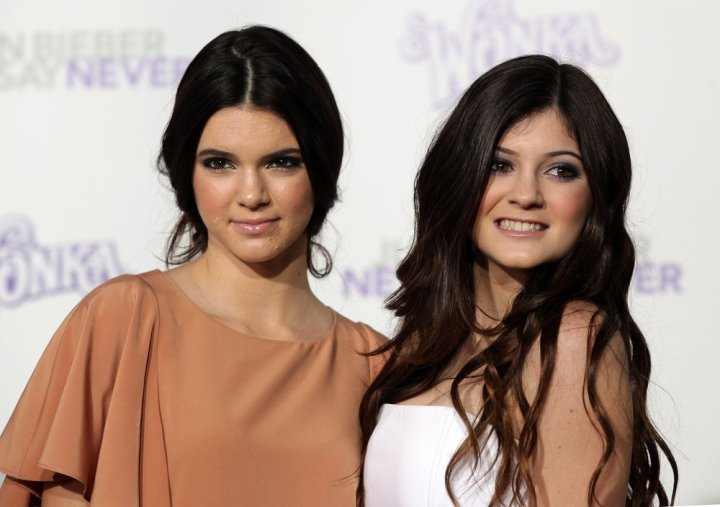 kylie-e-kendall-jenner