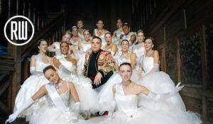 The entertainer is back: ecco il nuovo video di Robbie Williams