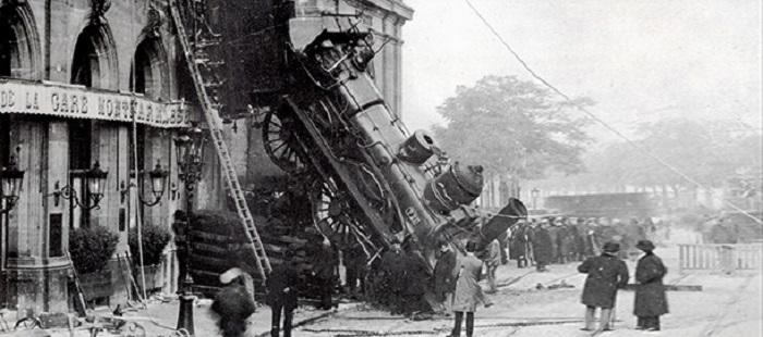 1895-incidente-ferroviario-della-stazione-di-parigi-montparnasse