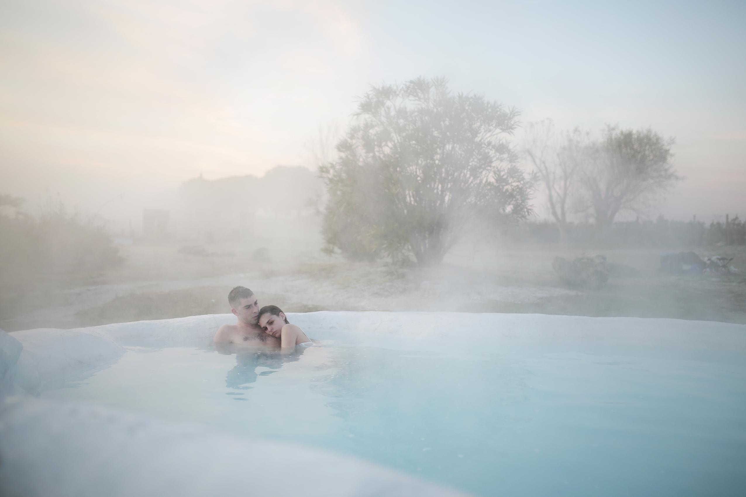riondino-serraiocco-piscinacnicoletta-branco