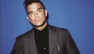 """Robbie Williams botox di troppo: """"Non riesco più a muovere la fronte"""""""