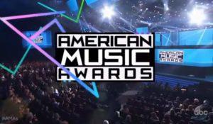 American Music Awards: vincono Ariana Grande, Justin Bieber e Drake