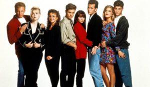 Beverly Hills 90210. Il cast si riunisce e sostiene a distanza 'Brenda'