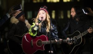 Madonna concerto per Hillary Clinton. A New York la performance improvvisata