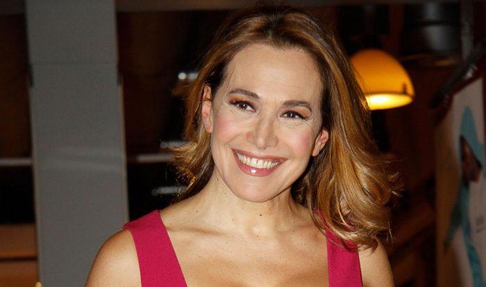 Sarà Barbara D'Urso a condurre il Grande Fratello Nip. I rumors che, da qualche giorno si susseguivano online, sono stati confermati dalla stessa conduttrice e da Mediaset.