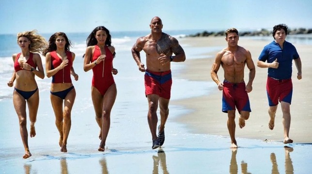 Dwayne Johnson introduce la versione italiana del red band trailer di Baywatch