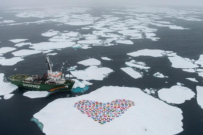 Greenpeace vietate trivellazioni nell'Artico