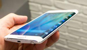 Nuova rogna per Samsung: esplodono due Galaxy S6 Edge