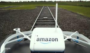 Gran Bretagna, prima consegna con un drone di Amazon