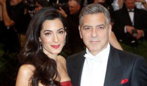 George Clooney papà. Amal è incinta di due gemelli