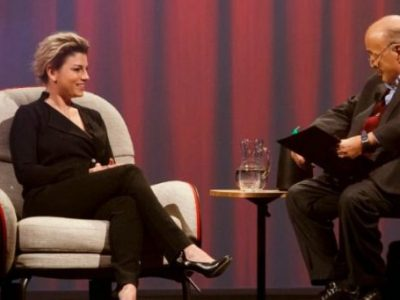 L'intervista a Emma Marrone. Il rapporto con gli ex famosi e la malattia