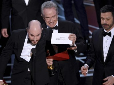"Oscar 2017, ""Moonlight"" batte ""La La Land"" nella categoria ""Miglior film"""