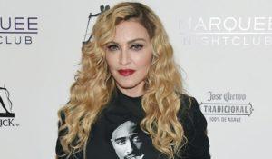Madonna adotta due gemelline del Malawi. La regina del pop arriva a quota 6 figli