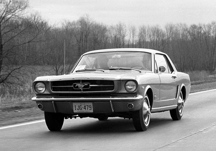 April 1964 Ford Mustang 17 aprile