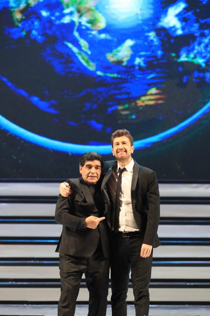 NOVE_Tre volte 10_Diego Armando Maradona e Alessandro Siani