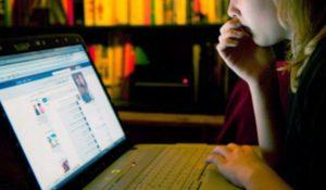 India. Facebook in aiuto delle donne che subiscono 'molestie social'