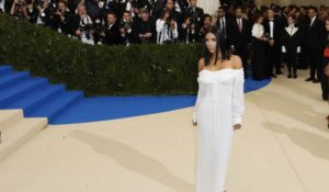 Met Gala 2017, perché Kim Kardashian era sola sul red carpet?