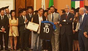 Francesco Totti riceve il Diploma Honoris Causa