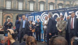 A Napoli parte il viaggio di Futuro Remoto record di presenze in piazza