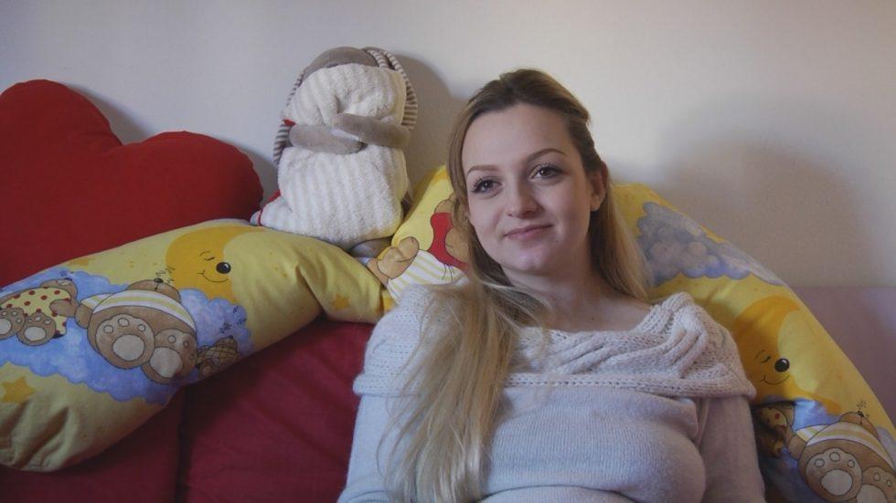 Clarissa a 16 anni e incinta