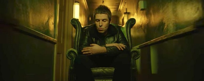 liam-gallagher-wall of glass