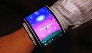 Lenovo nuovo smartphone flessibile da polso. Video