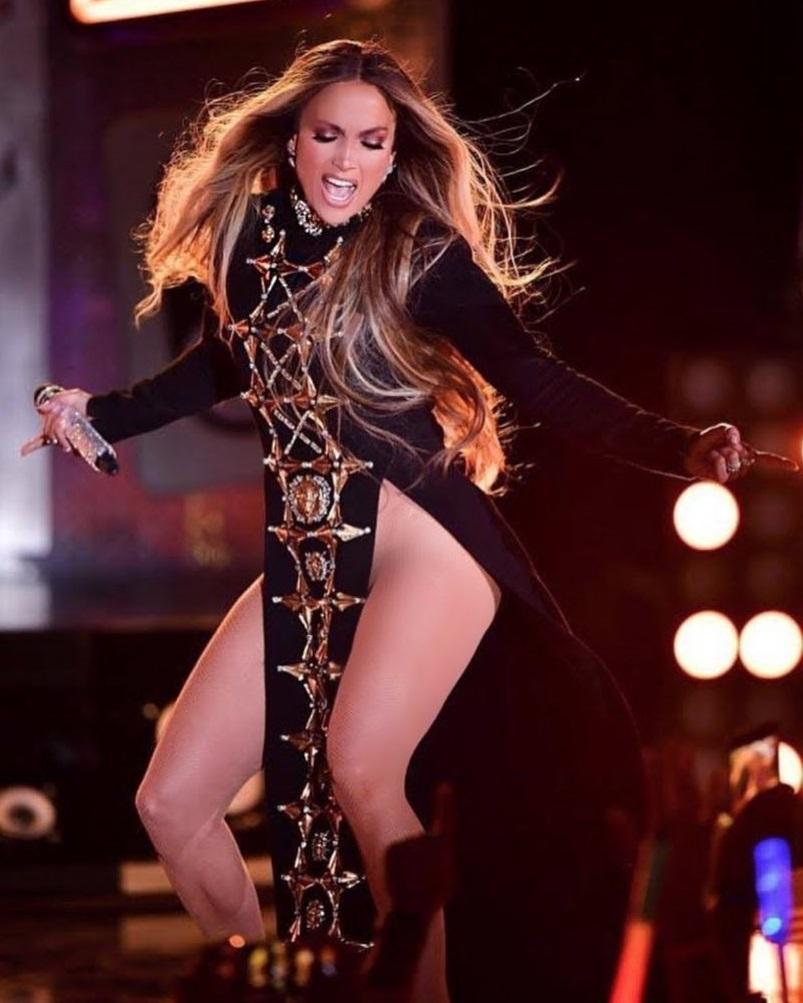 Jennifer Lopez presenta Ni tu ni yo
